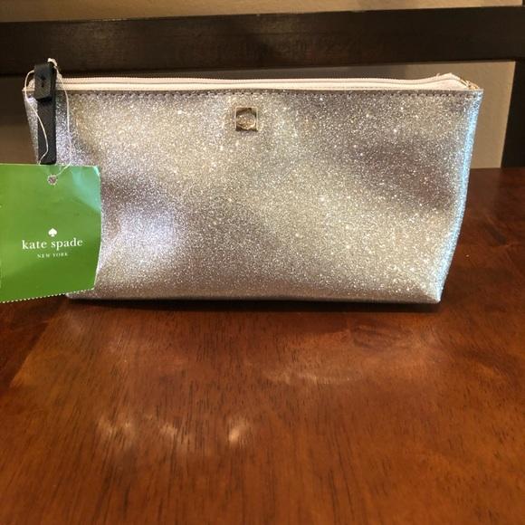 kate spade Handbags - ⭐️⭐️FREE gift w/ Kate spade